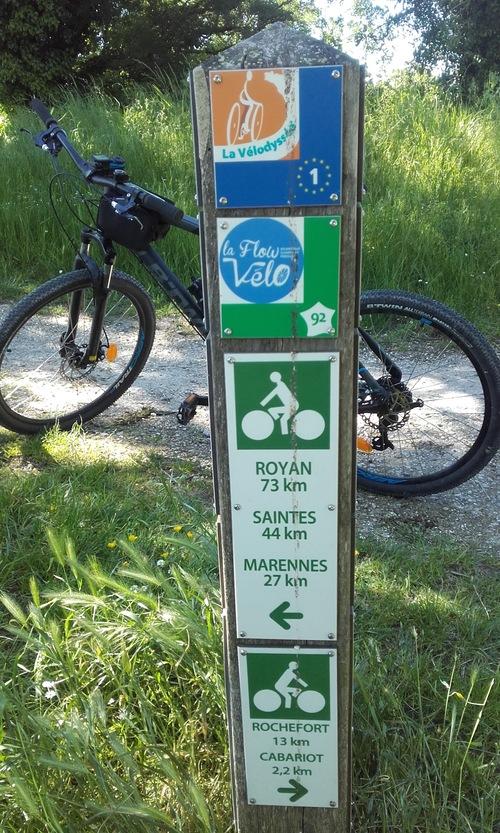 La Vélodyssée- de Monterault à Tonnay Charente dept 17