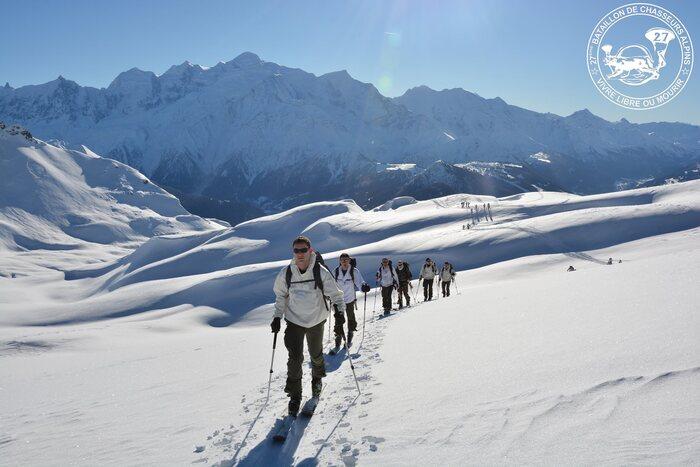 Bonjour....    avec les chasseurs alpins....