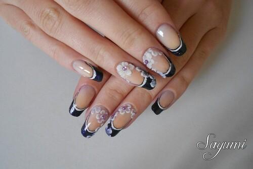 Nail Art 3D Fleurs sur french