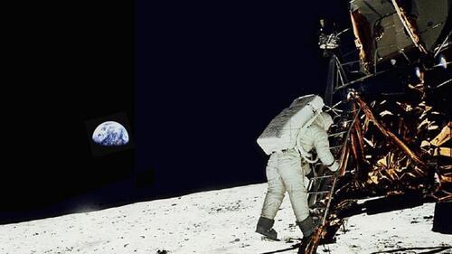 """Pour revivre """"en direct"""" toutes les étapes de l'alunissage d'Apollo 11"""