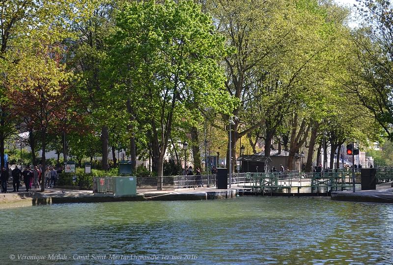 Balade sur les bords du Canal Saint-Martin - Portfolio