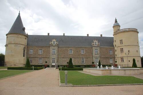 Sortie au château de Bouthéon le jeudi 29 juin