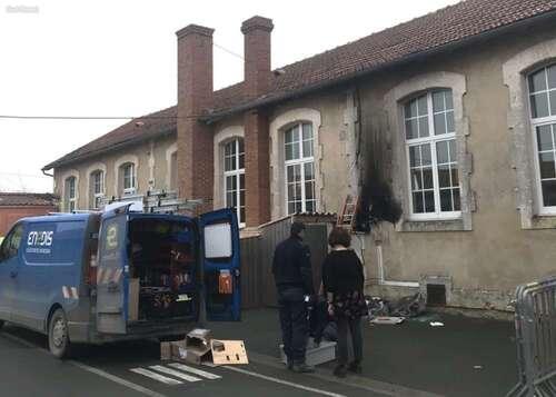Île d'Oléron : un compteur prend feu dans une école maternelle