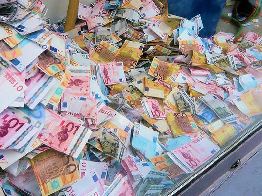 La chasse à l'argent liquide est lancée