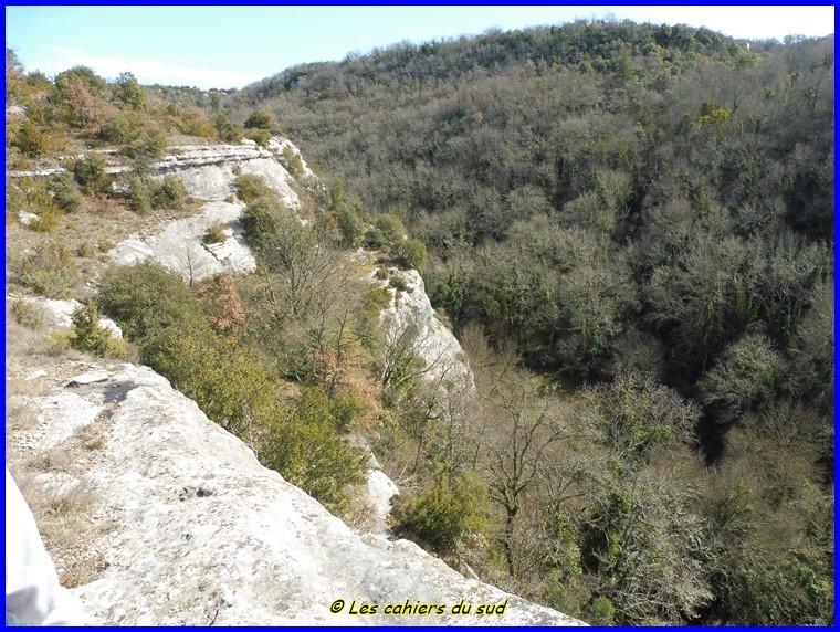 Luberon, Les gorges de l'Aiguebrun
