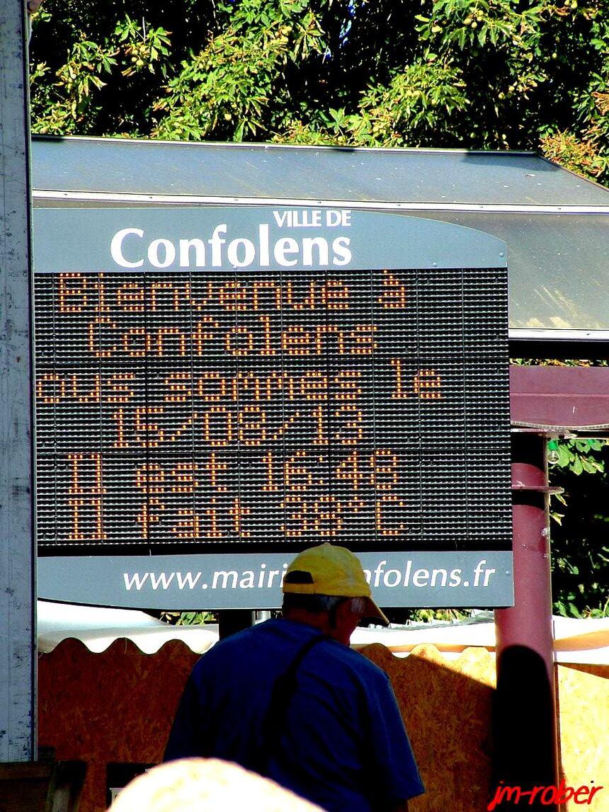 56e Festival de Confolens «ville en fête (2)» de ce jeudi 15 Août 2013, un voyage folklorique sur le monde.