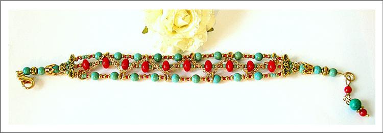 Bracelet 3 rangs Turquoise de Chine et Corail rouge / métal et laiton doré