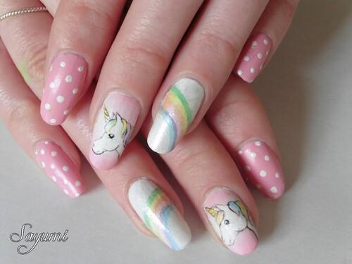 Nail Art Licorne et Arc-en Ciel - Retour en enfance