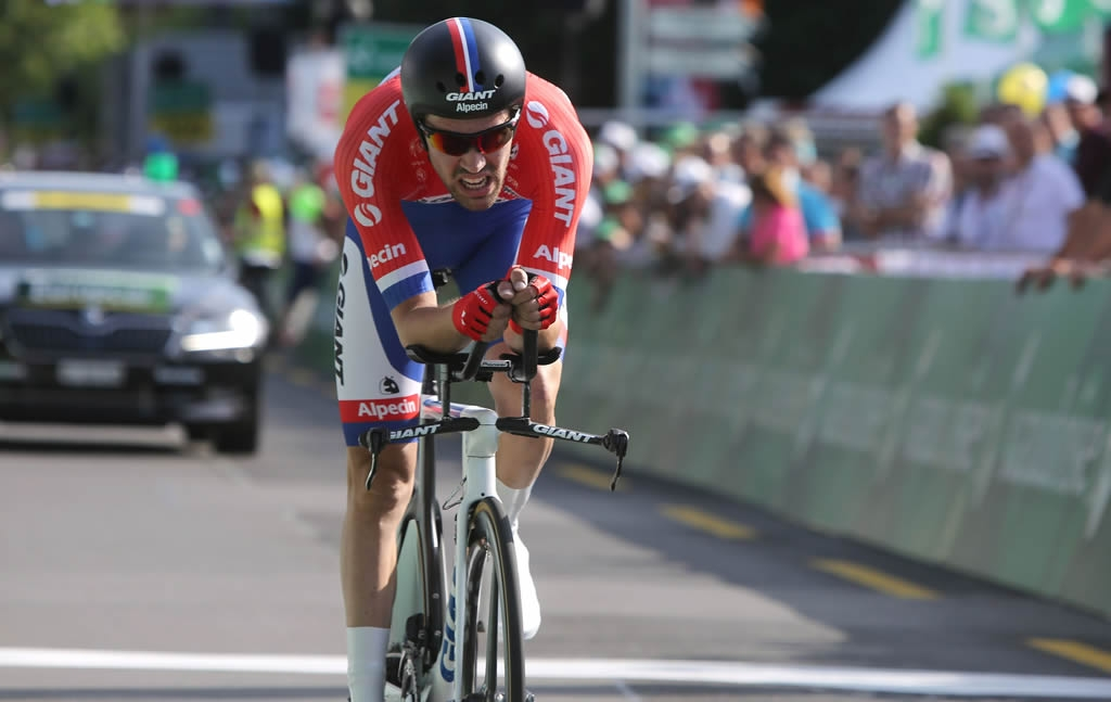 Tom-Dumoulin-wins-Tour-de-Suisse-2015-Prologue