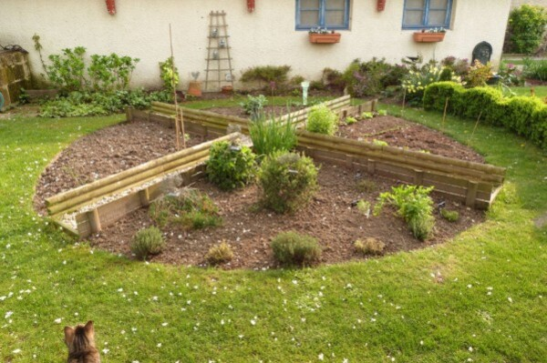 potager---avril-2014---jardin-de-simples.jpg