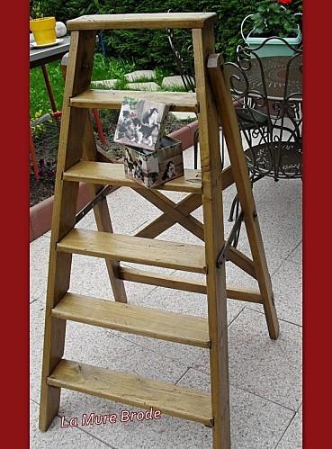 2012-05-11-table-fer-forge-escabeau1.JPG