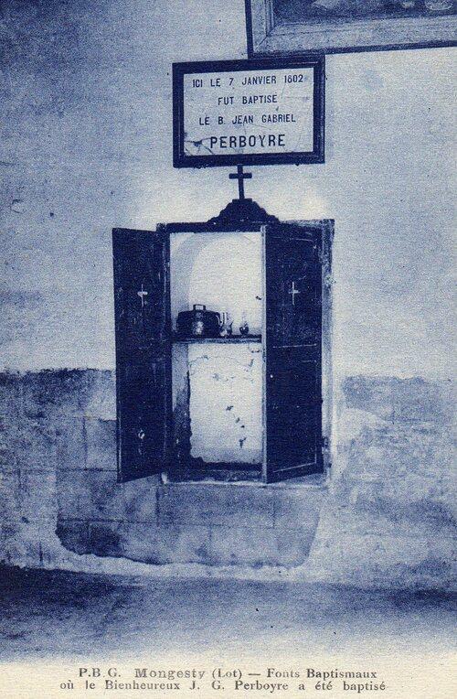 Ancienne carte postale de l'église de Montgesty