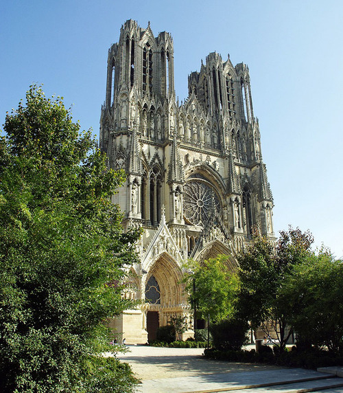 ANOTHER BLOG ARTICLE ABOUT REIMS