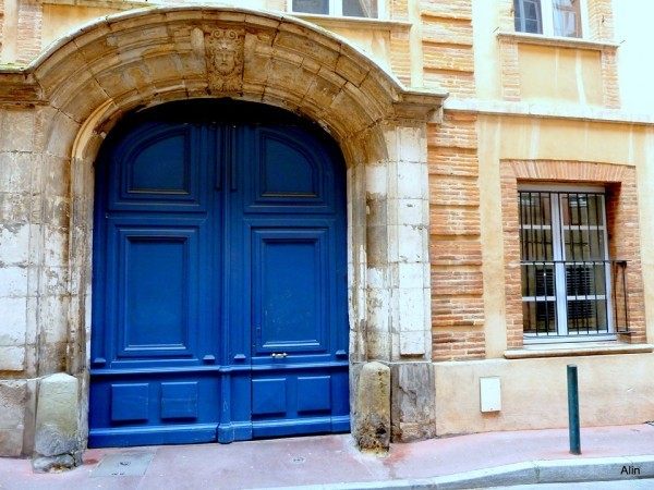 r01---Porte-bleue.JPG