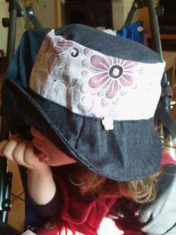 chapeau réversible enfant