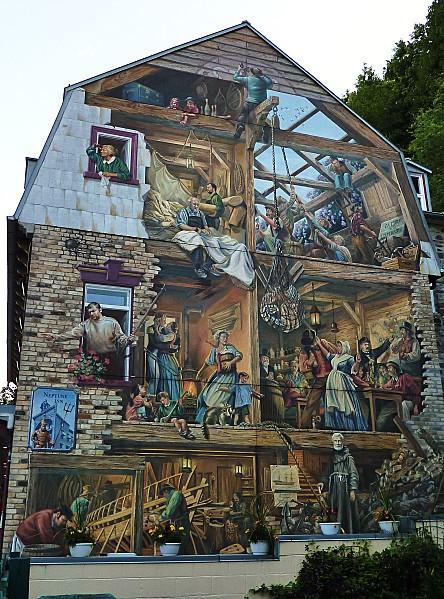 Québec quartier Petit Champlain fresque b