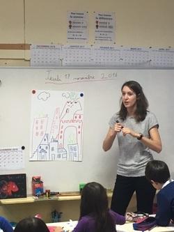 Une illustratrice en classe de CE1/2 et CE2
