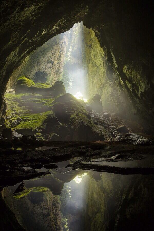 grotte illuminée