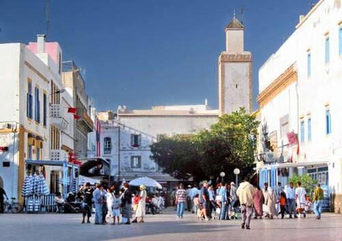 Au cœur de l'hiver, dans la puissante lumière d'Essaouira, un rendez-vous avec vous-même transformateur !