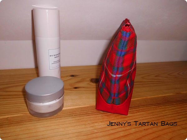 Trousse de toilette MacKinnon tartan