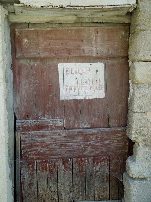 Porte fermée aux terroristes