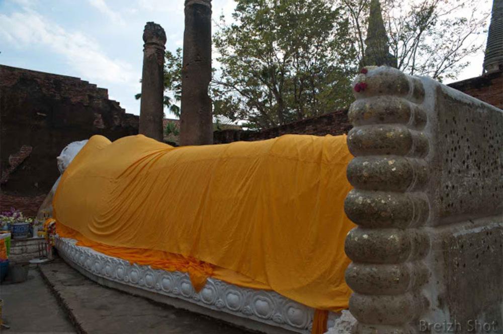bouddha couché - ayutthaya