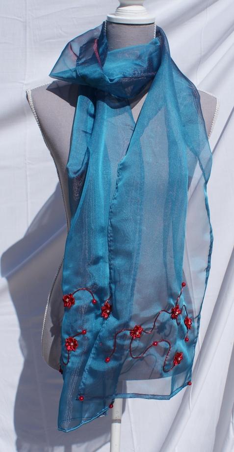 Echarpe organza bleue irisé de pourpre