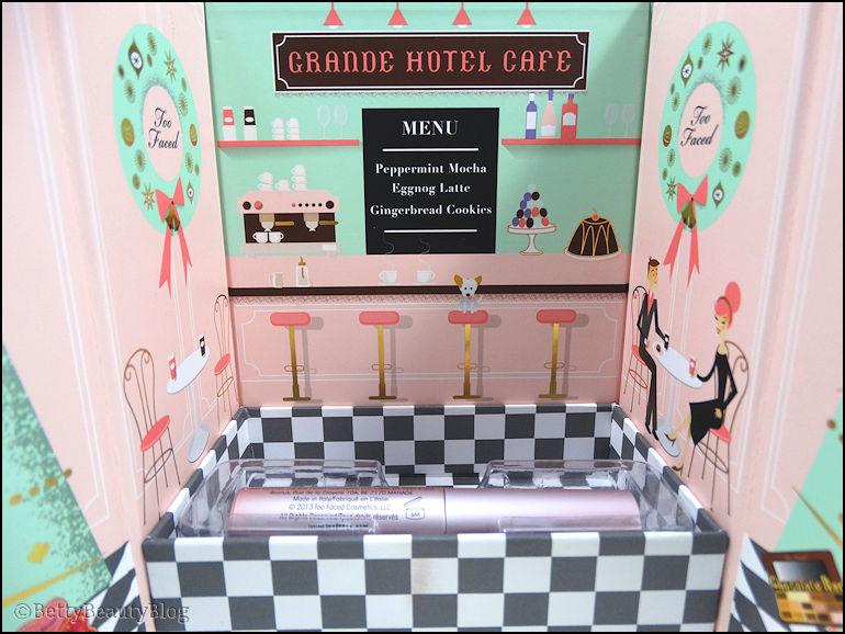 Un café au grand Hôtel avec too faced ...