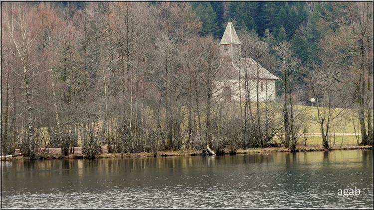 à quelques nuages de Gérardmer, le lac de Longemer (Vosges)