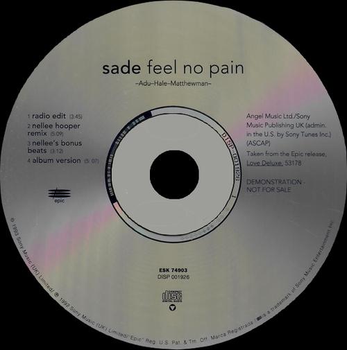 """Sade : CD """" Love De Luxe """" Epic Records 472626 1 [ UK ]"""