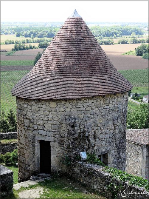 Photos de la tour ronde - château médiéval de Langoiran