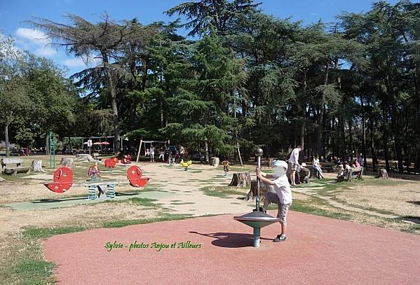 jeux parc de la garenne