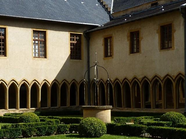 3 Vivre à Metz 4 Marc de Metz 2011