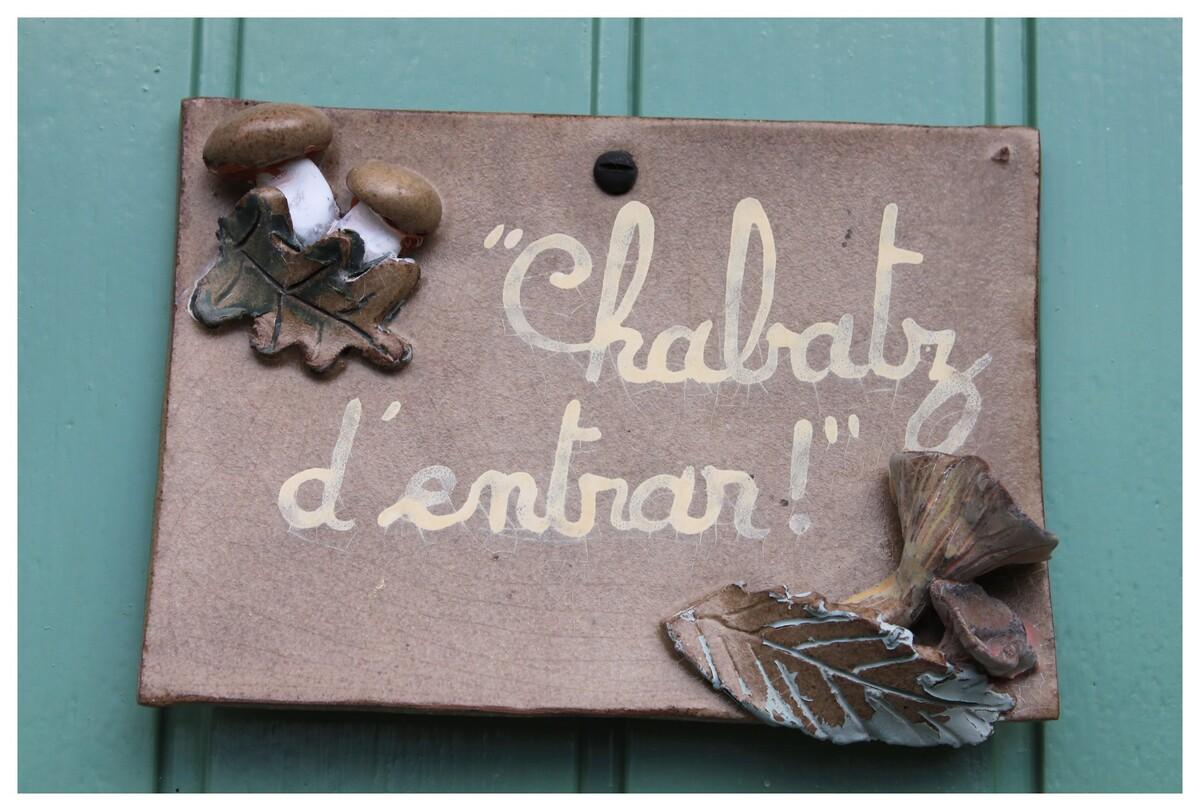 """formule conviviale en Limousin """"finissez d'entrer"""""""