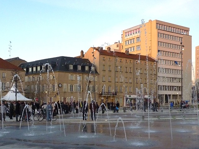 Inauguration de la place Mazelle de Metz 5 Marc de Metz 01