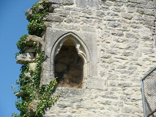 La restauration du Château Ducal de Villaines en Duesmois...