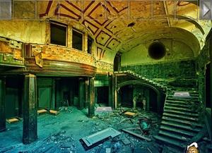 Jouer à Abandoned old house escape