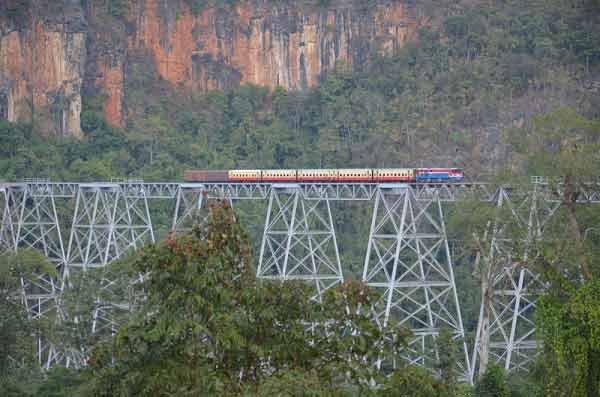 train-birmanie-5