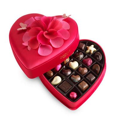 La collection Kaléidoscope of Love pour la Saint Valentin 2015 chez votre chocolatier Godiva à Montpellier