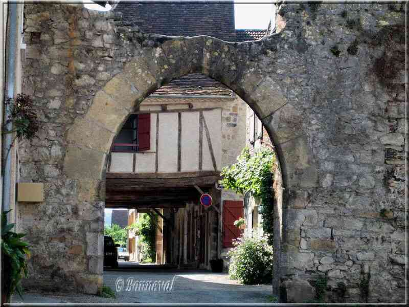 Bastide de Bretenoux Lot Porte de la Guierle