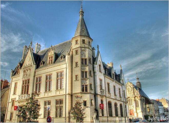 Nevers ... sur les bords de Loire