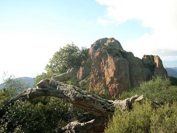 Au col du Cap Roux : le Pilon et, derrière, le Saint-Pilon