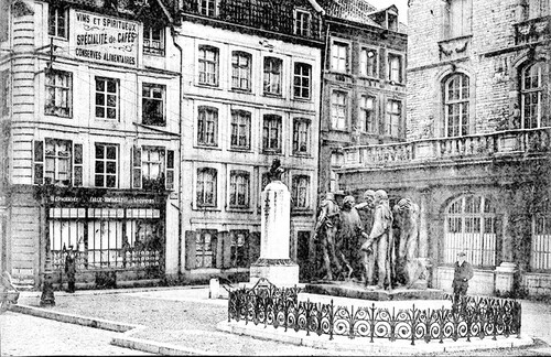 Une minuscule rue de Calais dans le Calais-Nord d'avant-guerre