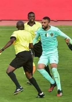 Boutagga suspendu