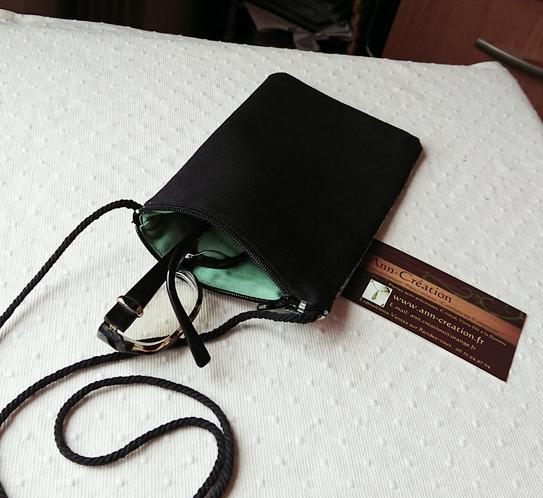 Etui tissu coton William Morris molletonné pour téléphone, lunettes, maquillage avec cordon tour de cou et fermeture éclair