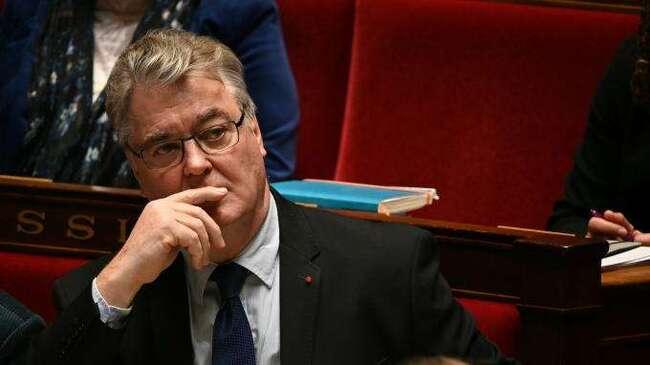 Retraites : Jean-Paul Delevoye n'a pas déclaré son poste à la Fondation SNCF