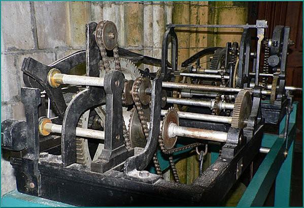 Mecanisme-de-l-Horloge-de-St-Pol.jpg