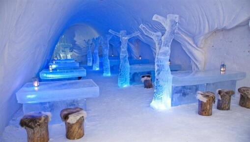 Résultat d'images pour SnowRestaurant – Kemi, Finlande
