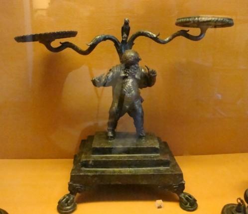Objet de bronze