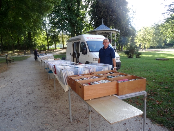 La foire aux vieux papiers 2014 à Châtillon sur Seine